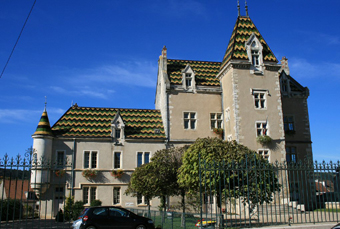 chateau-de-meursaultjpg