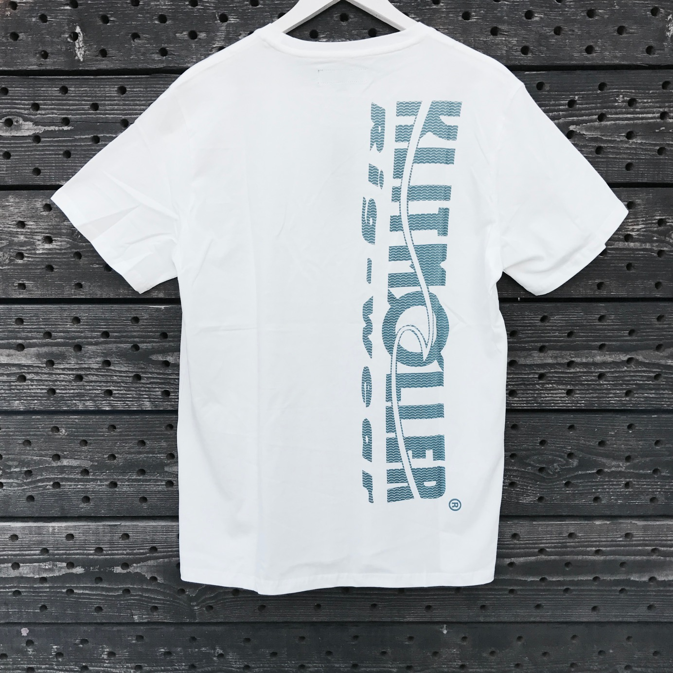 "Klitmøller T-shirt, White - Original Trademark ""WHITE SATURDAY"""