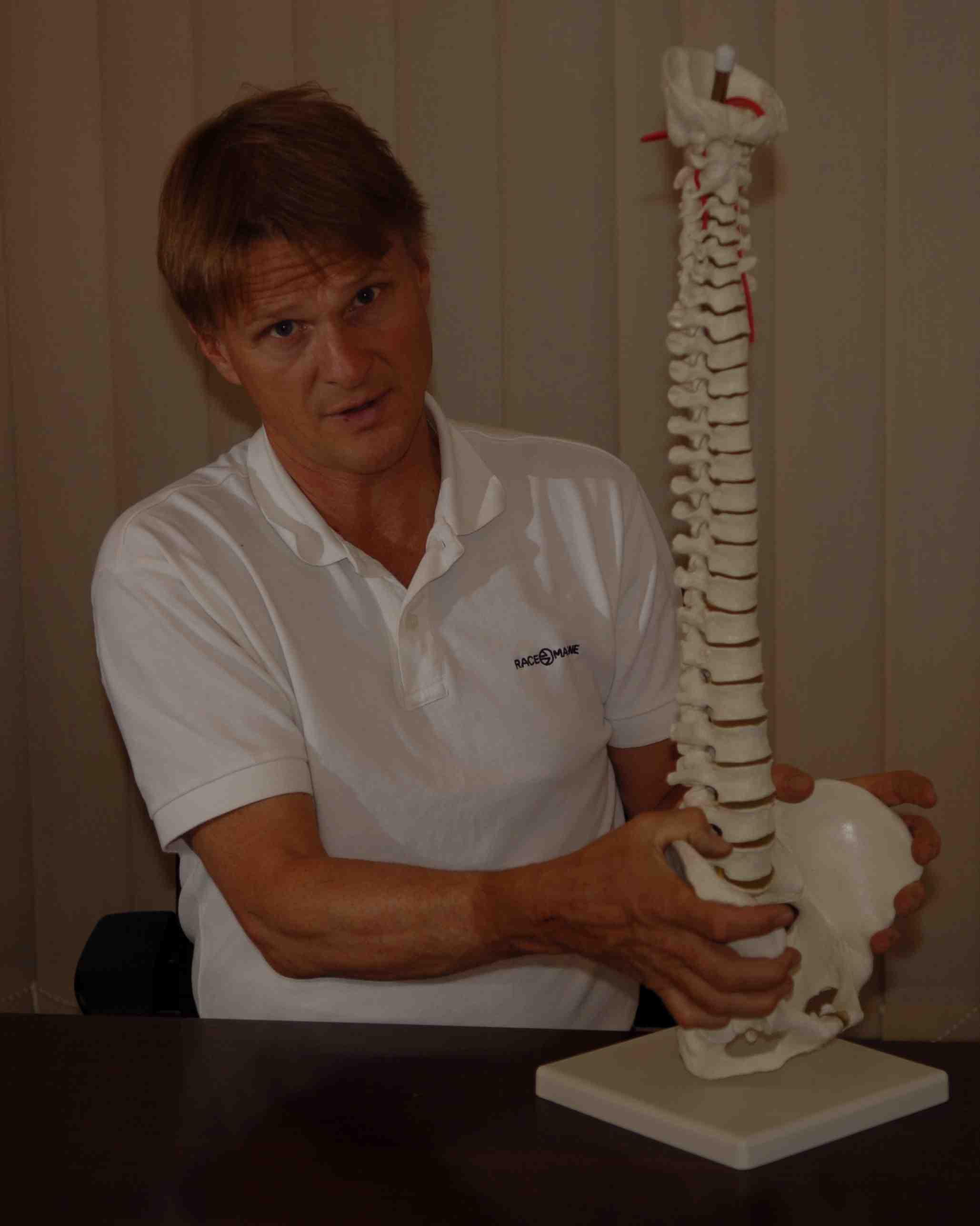 skelettskrivbord-brajpg